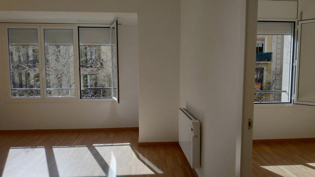 flat en barcelona · l´antiga-esquerra-de-l´eixample 1500€
