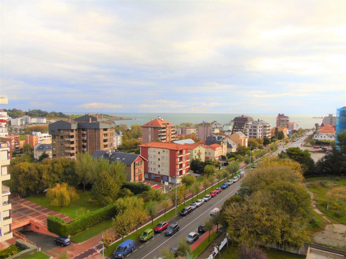 Dúplex en venta en Santander  de 4 Habitaciones, 3 Baños y 120 m2 por 520.000 €.