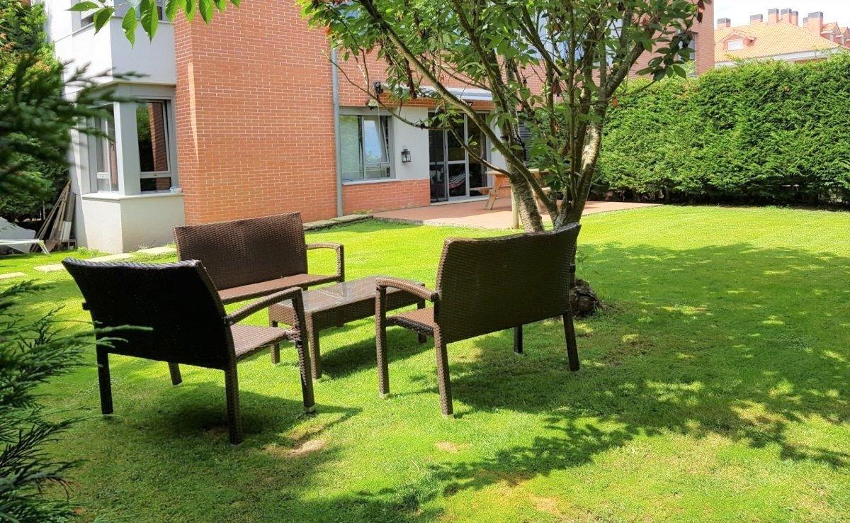 Planta baja en venta en Entrambasaguas  de 2 Habitaciones, 1 Baño y 73 m2 por 109.000 €.