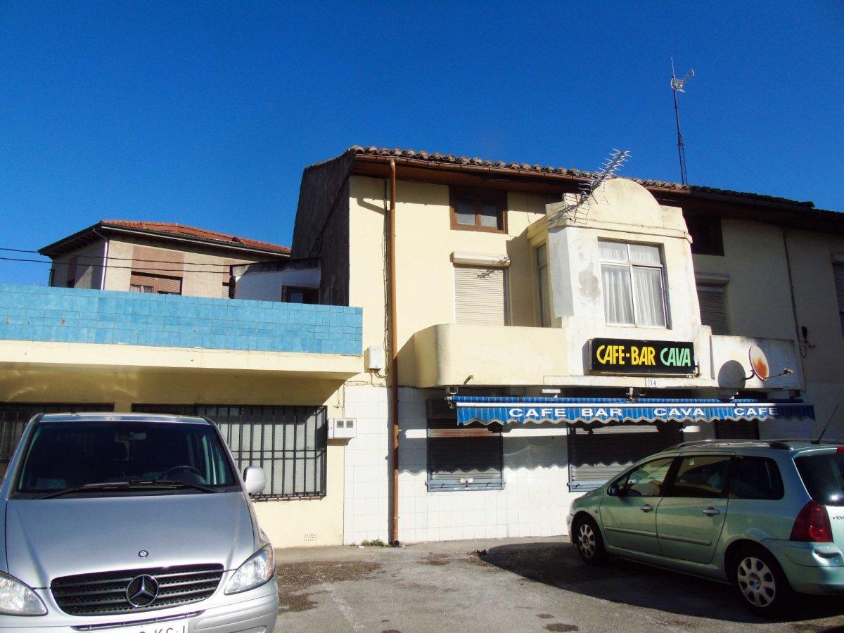 Local comercial en venta en Santander  de 140 m2 por 110.000 €.