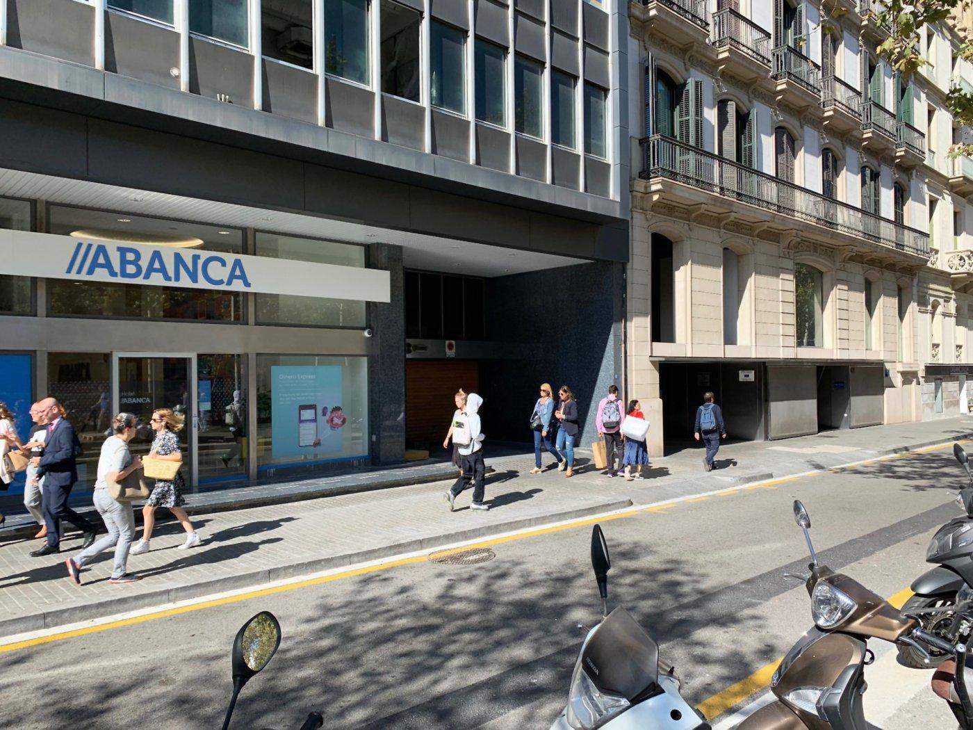 parking en barcelona · dreta-de-l´eixample 160€