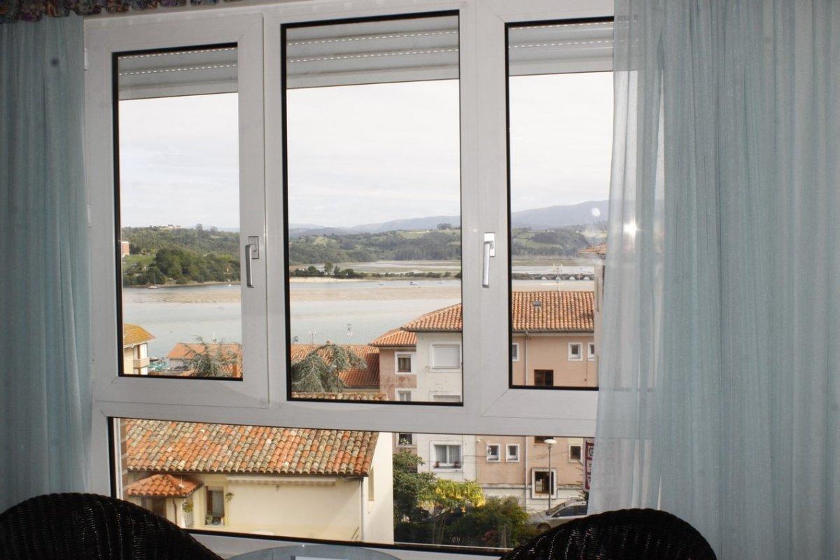 Piso en venta en San Vicente De La Barquera  de 2 Habitaciones, 1 Baño y 81 m2 por 100.000 €.