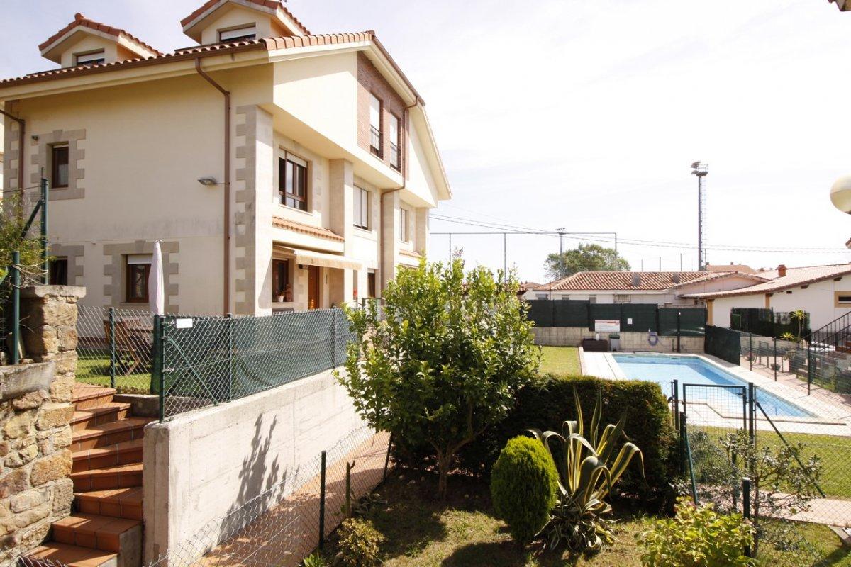 Piso en venta en San Vicente De La Barquera  de 2 Habitaciones, 2 Baños y 64 m2 por 145.000 €.