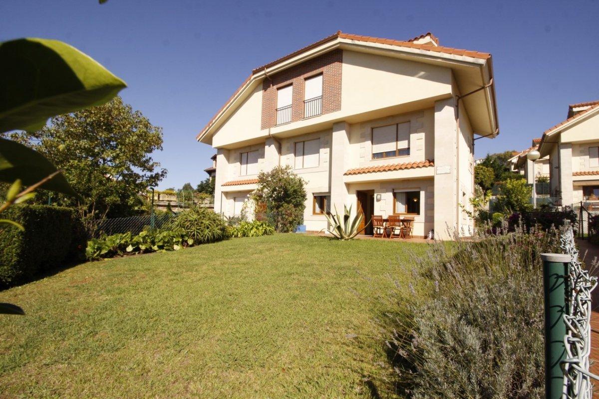 Piso en venta en San Vicente de la Barquera  de 2 Habitaciones, 1 Baño y 53 m2 por 203.000 €.