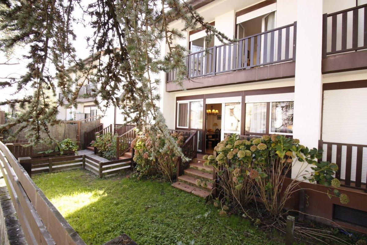 Pareado en venta en Val de San Vicente  de 3 Habitaciones, 3 Baños y 149 m2 por 135.000 €.