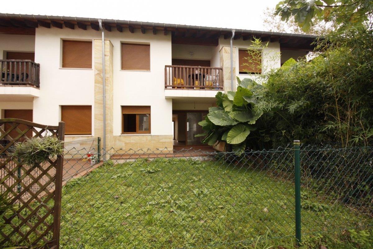 Piso en venta en Val de San Vicente  de 2 Habitaciones, 1 Baño y 60 m2 por 100.000 €.