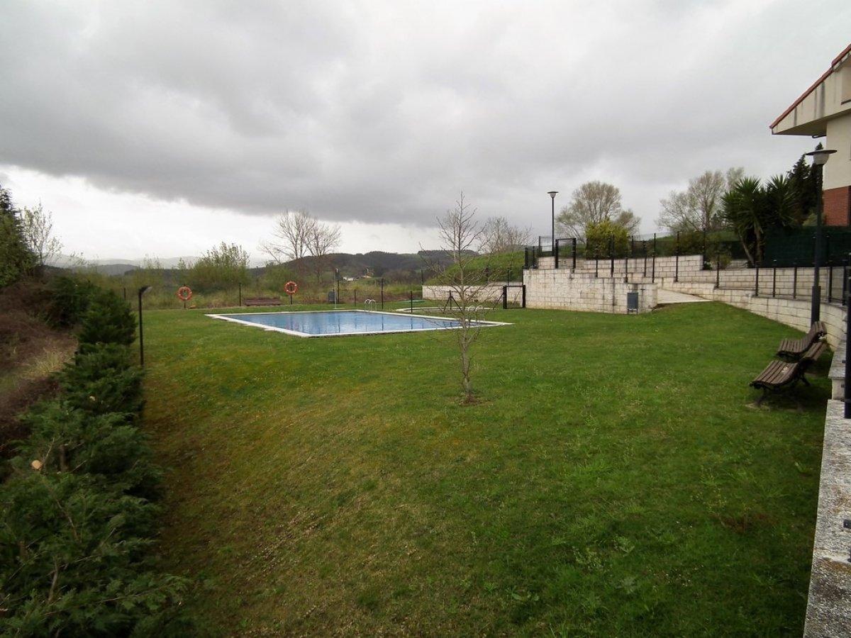 Piso en venta en San Mames De Meruelo  de 2 Habitaciones, 2 Baños y 87 m2 por 69.000 €.