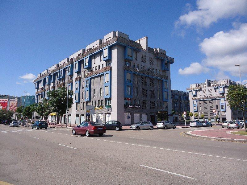 Piso en venta en Santander  de 2 Habitaciones, 2 Baños y 92 m2 por 130.200 €.