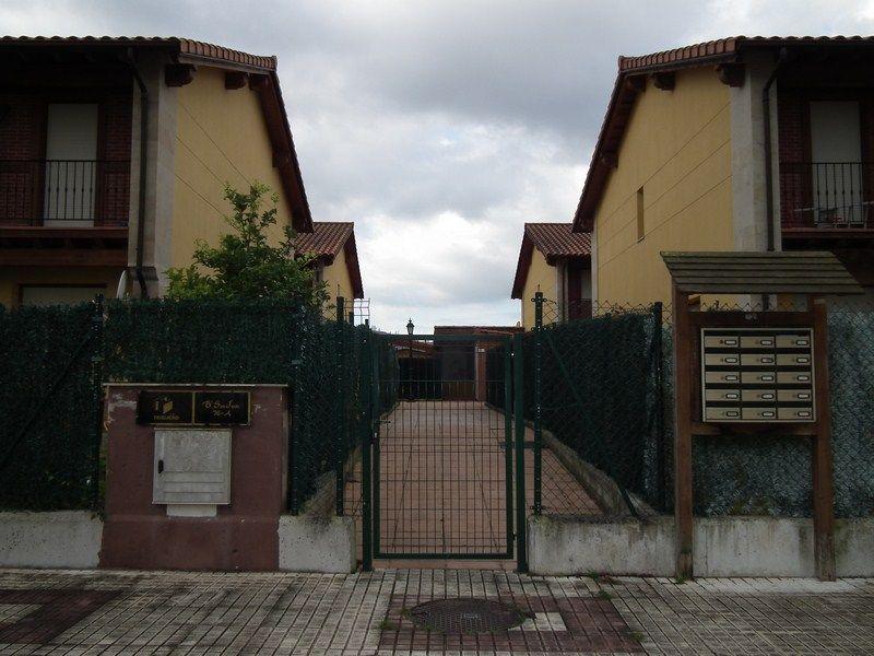 Casa en venta en Santa Maria De Cayon  de 3 Habitaciones, 3 Baños y 164 m2 por 120.000 €.