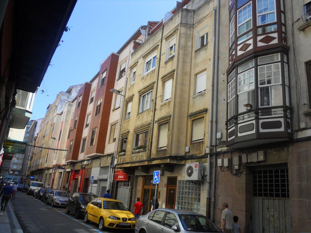 Piso en venta en Santander  de 3 Habitaciones, 1 Baño y 85 m2 por 81.500 €.