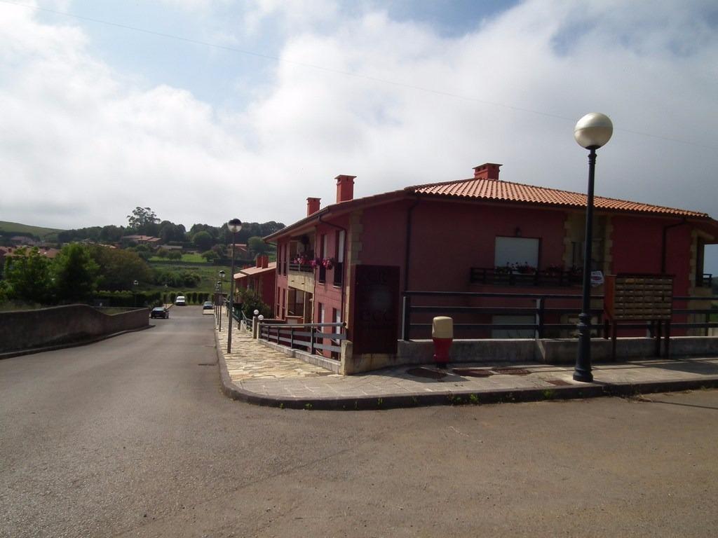 Piso en venta en Alfoz de Lloredo  de 2 Habitaciones, 1 Baño y 82 m2 por 96.800 €.