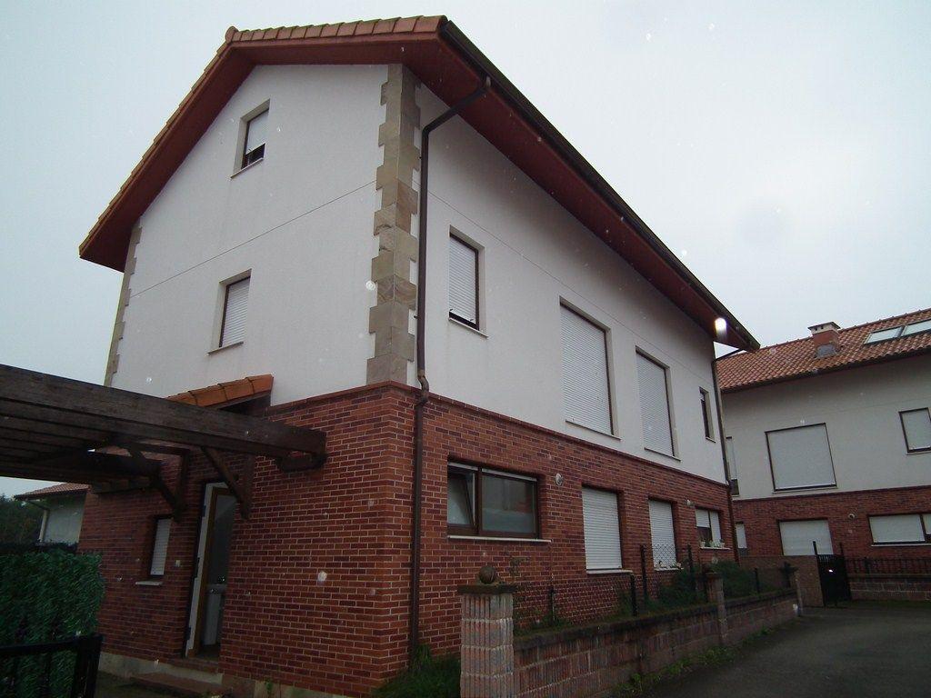 Casa en venta en Santa Maria De Cayon  de 3 Habitaciones, 3 Baños y 122 m2 por 123.300 €.