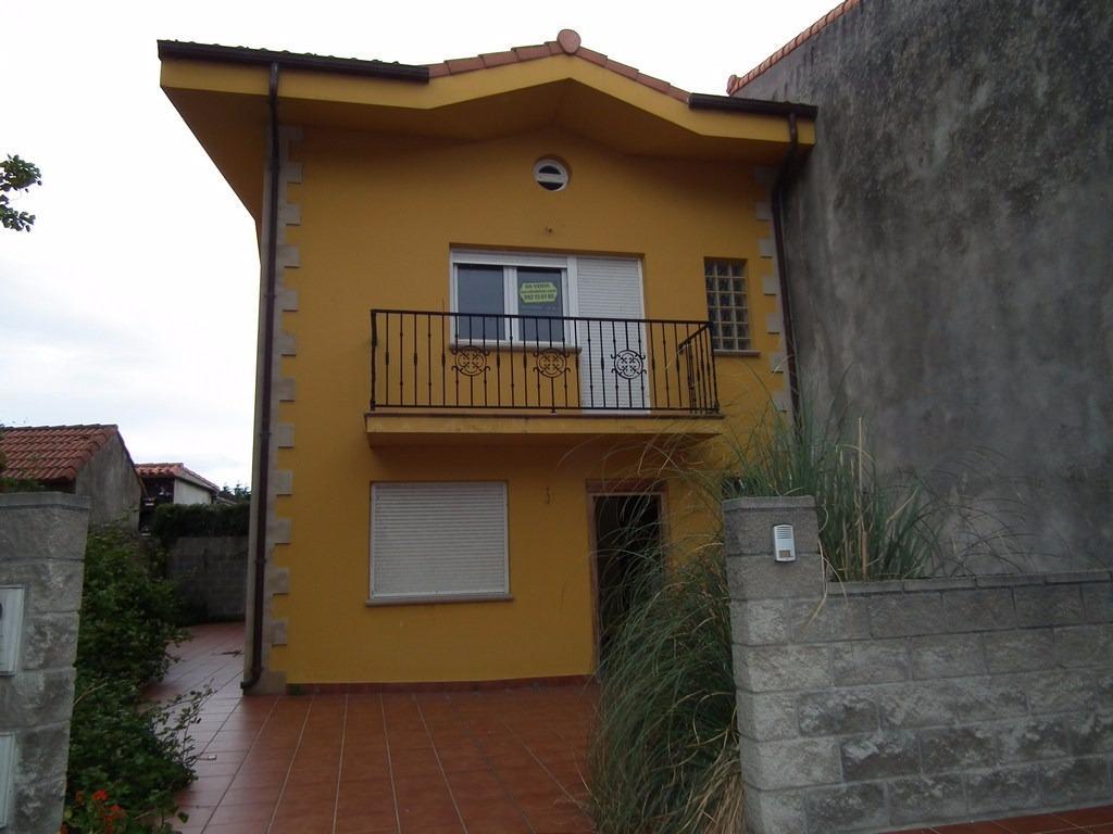 Casa en venta en Soano  de 3 Habitaciones, 1 Baño y 131 m2 por 108.000 €.