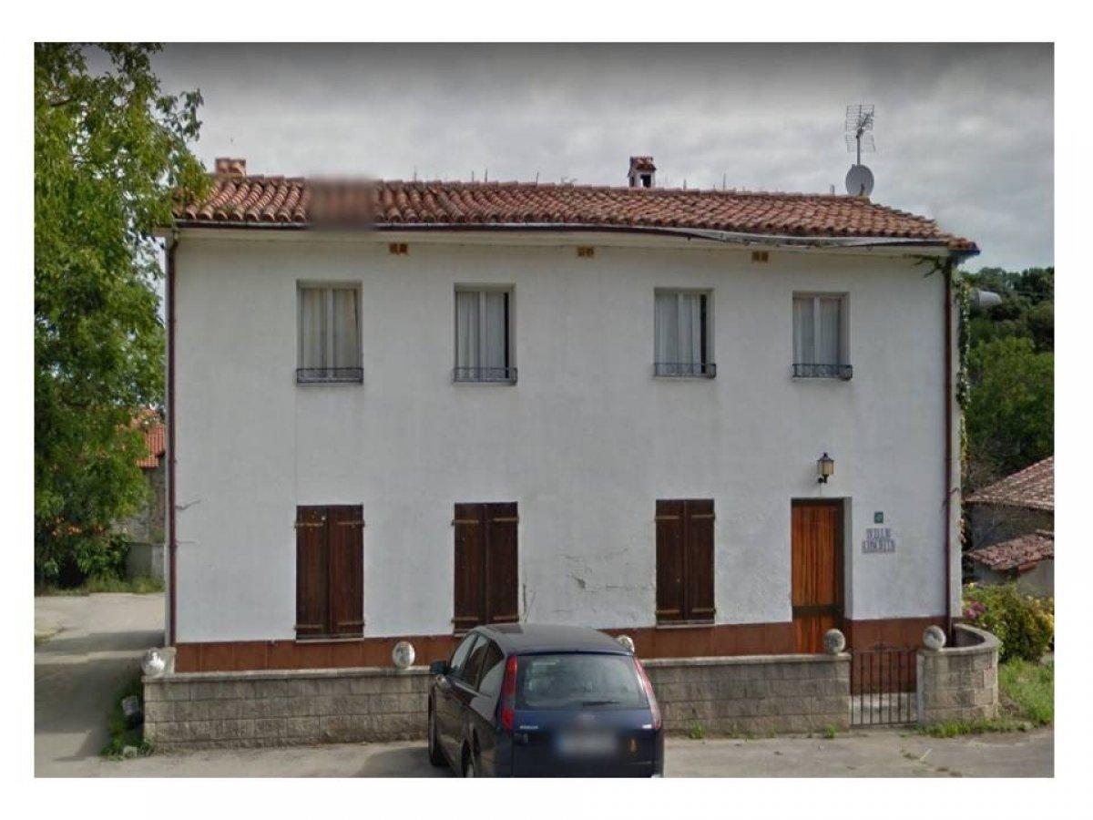 Casa en venta en Pechon  de 6 Habitaciones, 2 Baños y 144 m2 por 89.900 €.