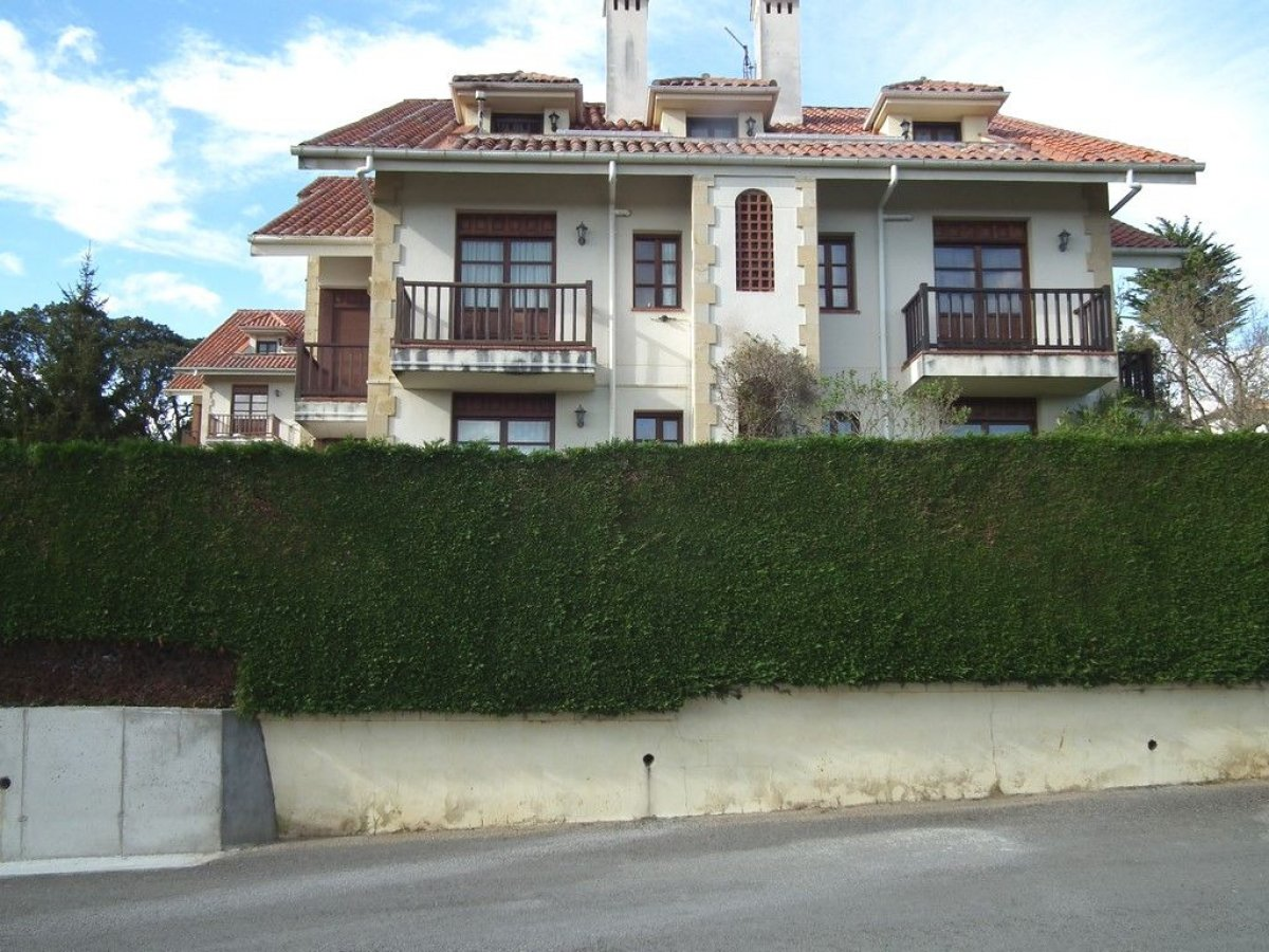 Piso en venta en Ruiloba  de 2 Habitaciones, 1 Baño y 72 m2 por 95.000 €.
