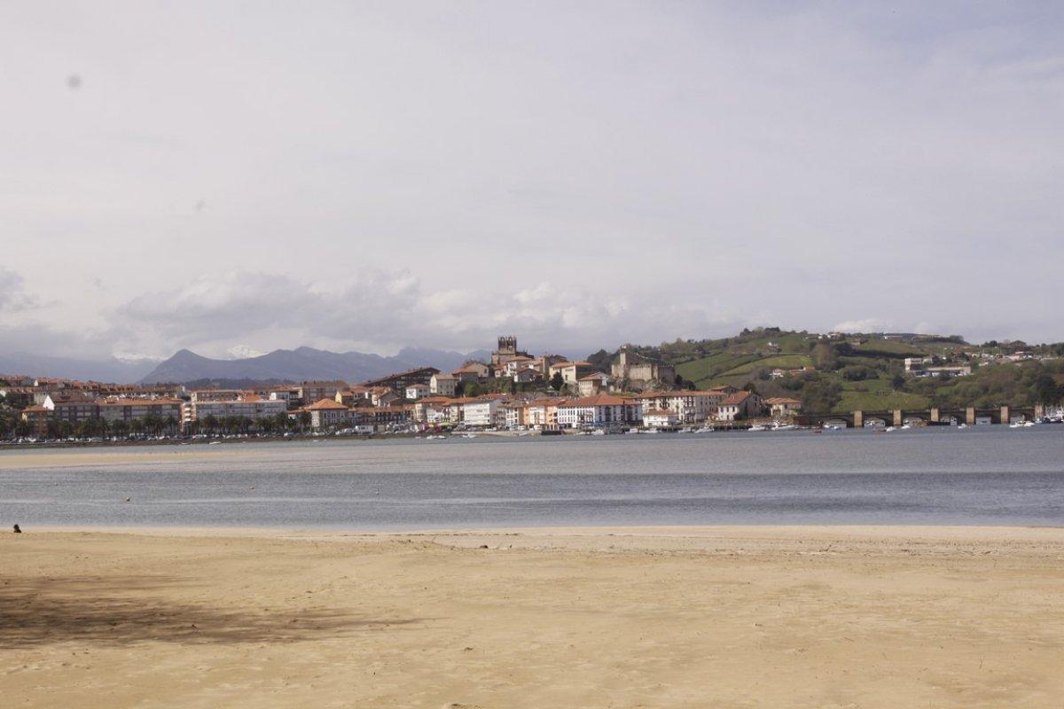 Piso en venta en San Vicente De La Barquera  de 1 Habitación, 1 Baño y 55 m2 por 99.000 €.
