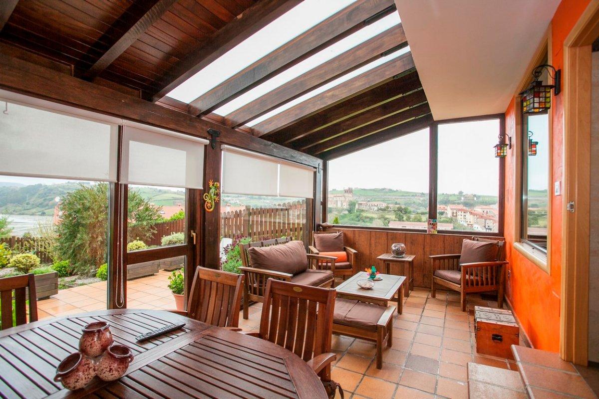 Chalet en venta en San Vicente De La Barquera  de 4 Habitaciones, 4 Baños y 140 m2 por 360.000 €.