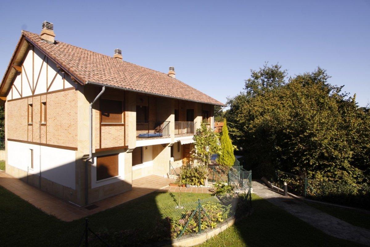 Piso en venta en Val de San Vicente  de 2 Habitaciones, 1 Baño y 67 m2 por 130.000 €.