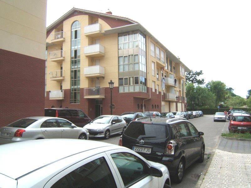 Piso en venta en San Vicente De La Barquera  de 3 Habitaciones, 2 Baños y 110 m2 por 195.000 €.