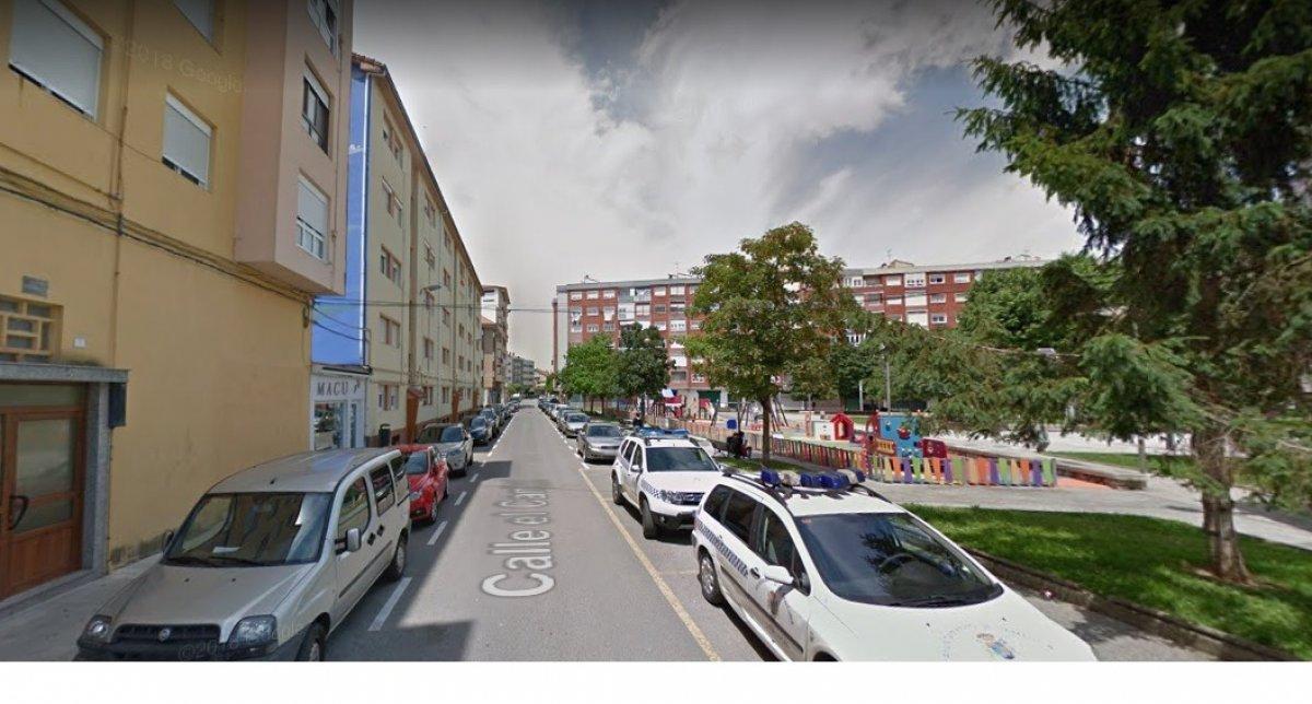 Piso en venta en SantoÑA  de 2 Habitaciones, 1 Baño y 60 m2 por 55.667 €.