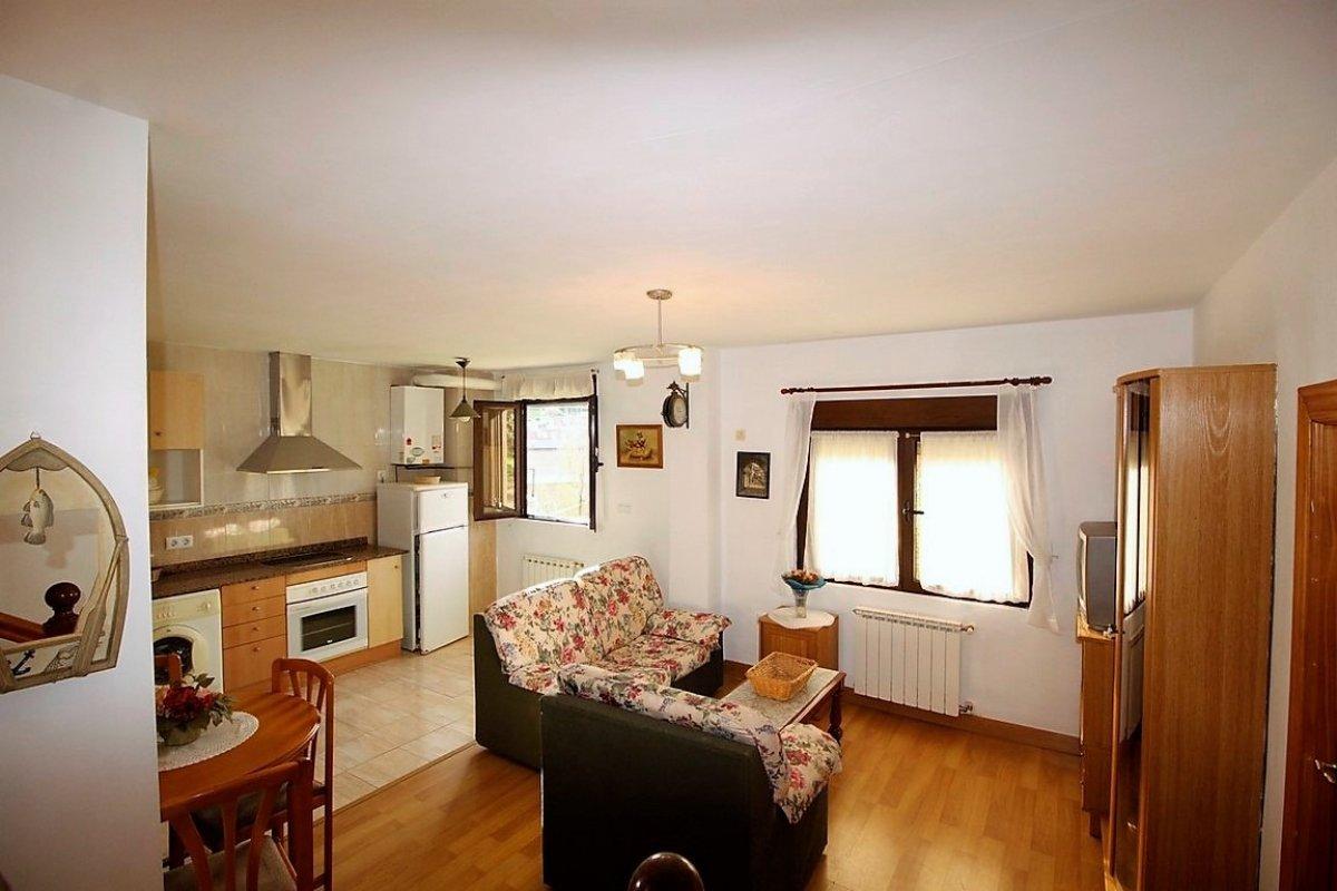 Planta baja en venta en San Vicente De La Barquera  de 2 Habitaciones, 1 Baño y 60 m2 por 78.000 €.