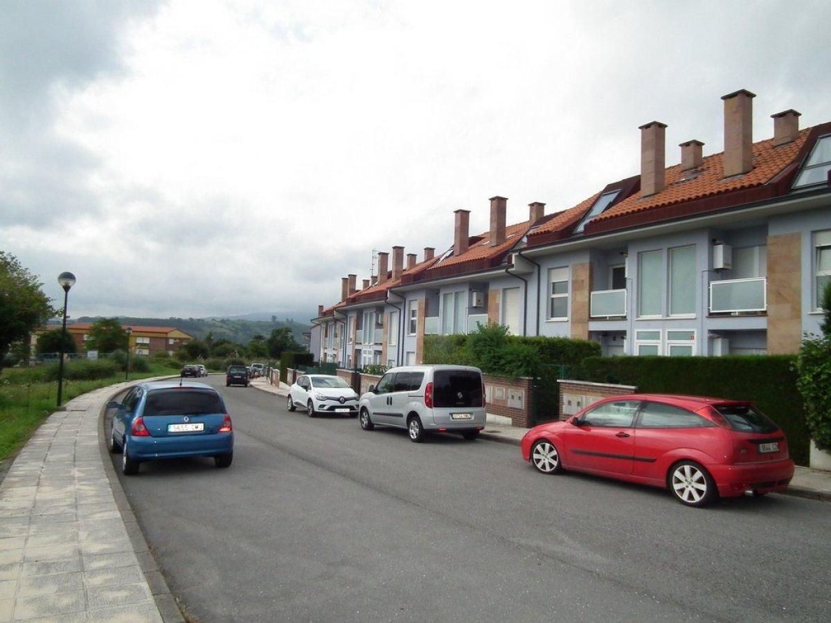 Piso en venta en Santillana Del Mar  de 3 Habitaciones, 2 Baños y 115 m2 por 89.180 €.