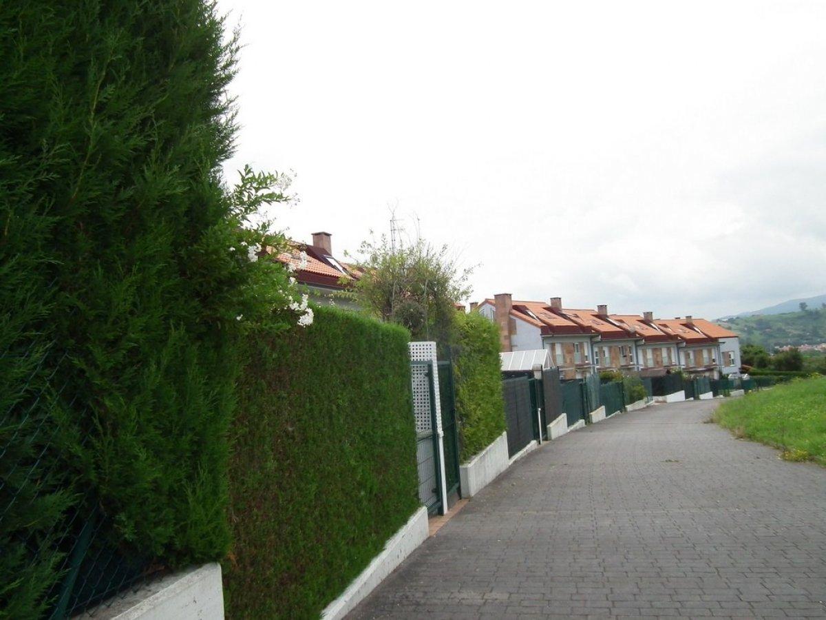 Piso en venta en Santillana Del Mar  de 3 Habitaciones, 2 Baños y 102 m2 por 98.000 €.