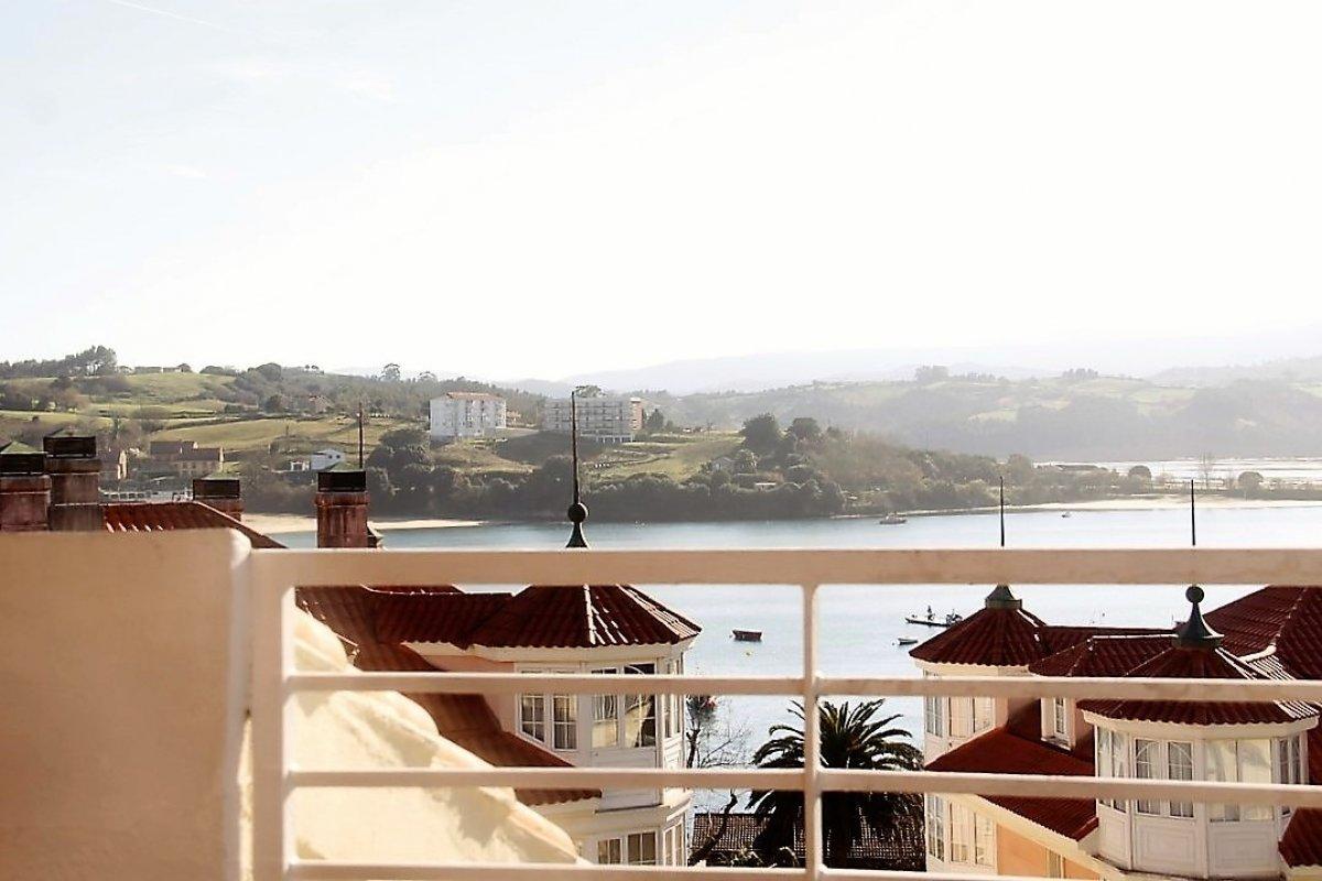 Piso en venta en San Vicente De La Barquera  de 3 Habitaciones, 2 Baños y 122 m2 por 163.000 €.