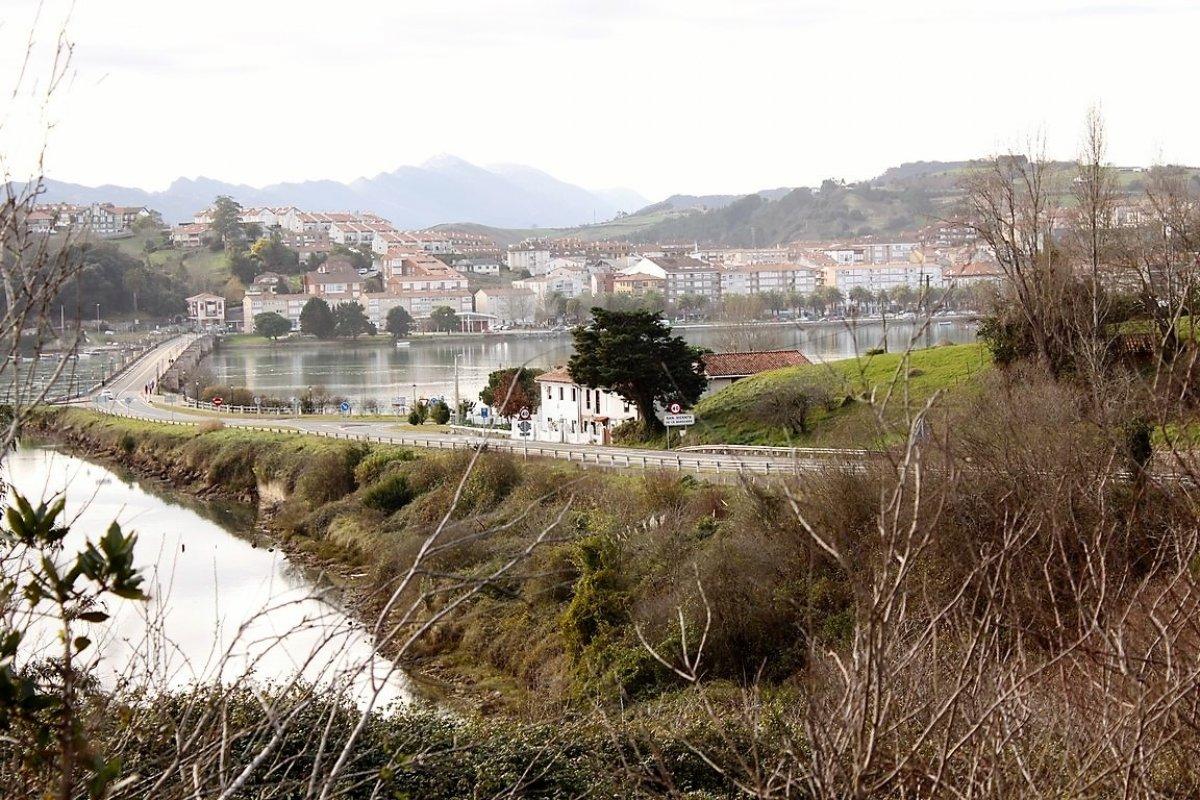 Chalet en venta en San Vicente De La Barquera  de 2 Habitaciones, 1 Baño y 68 m2 por 88.000 €.