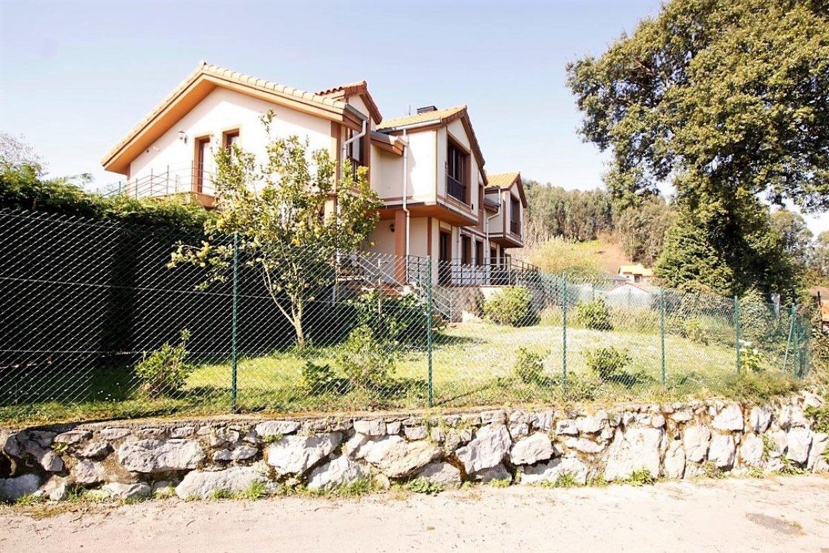 Piso en venta en Val de San Vicente  de 1 Habitación, 1 Baño y 42 m2 por 105.000 €.