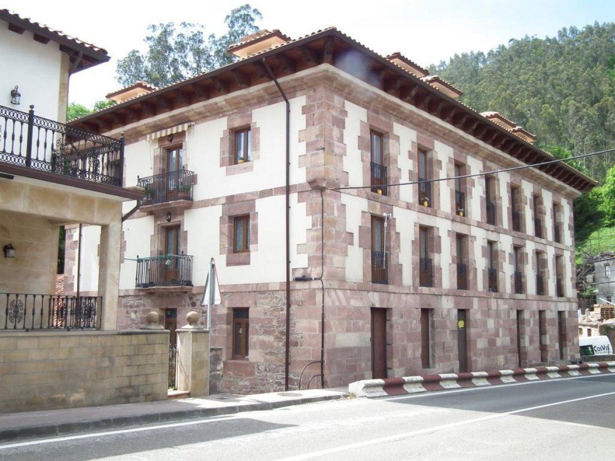 Piso en venta en Puente Viesgo  de 2 Habitaciones, 1 Baño y 66 m2 por 72.400 €.