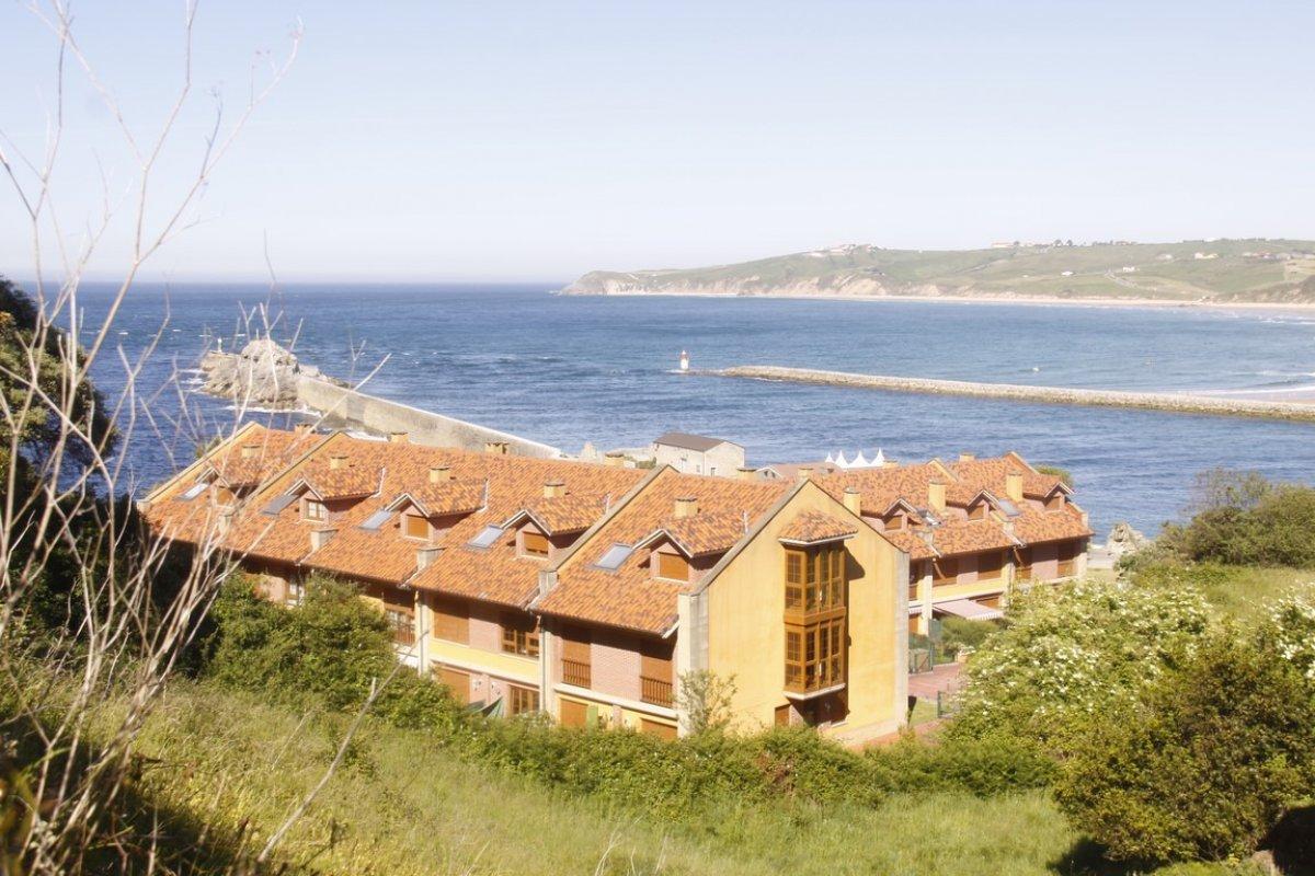 Chalet en venta en San Vicente De La Barquera  de 4 Habitaciones, 3 Baños y 149 m2 por 249.000 €.