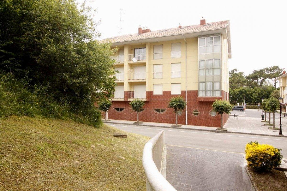 Piso en venta en San Vicente De La Barquera  de 2 Habitaciones, 1 Baño y 69 m2 por 129.000 €.