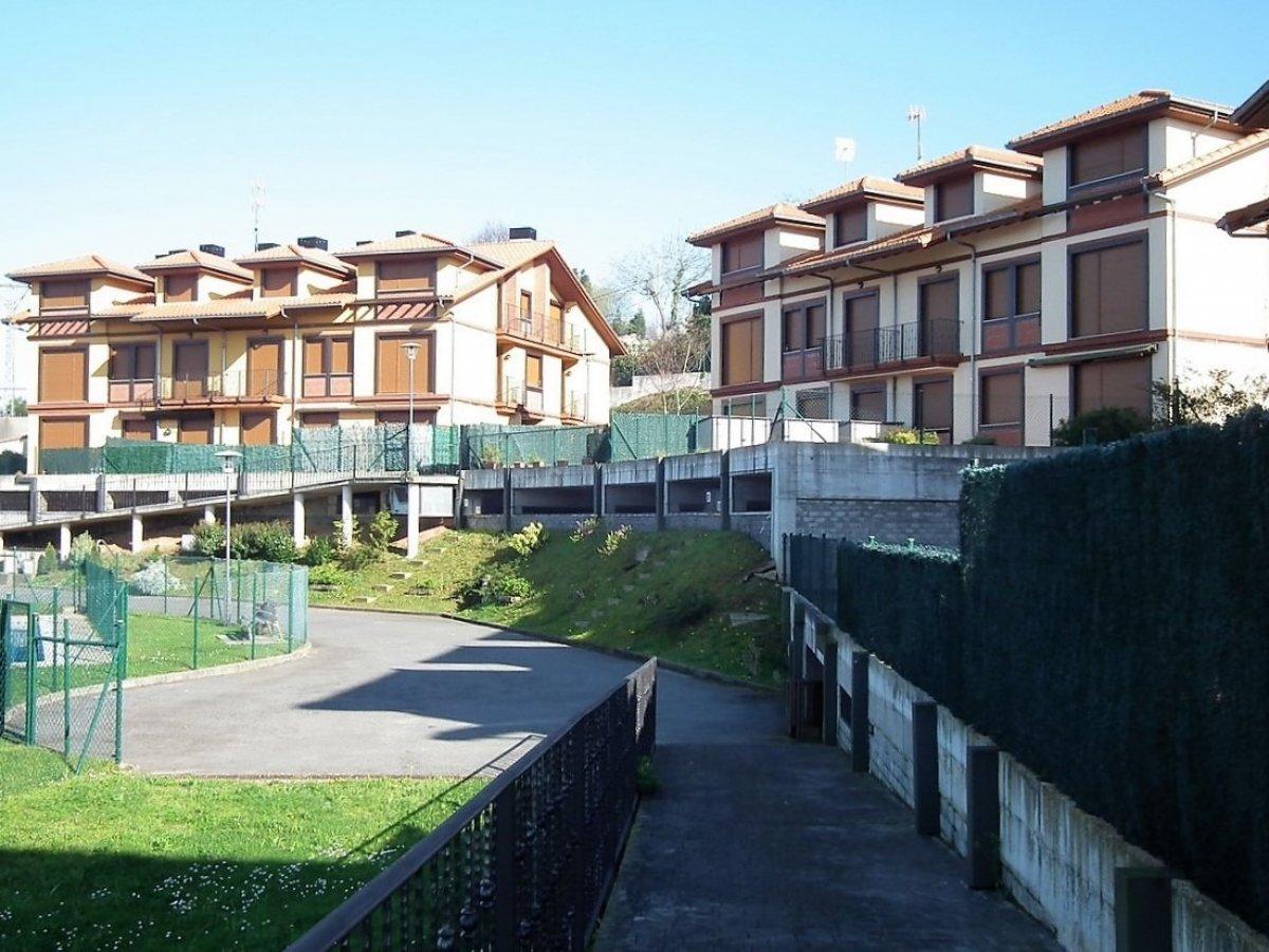 Piso en venta en Alfoz de Lloredo  de 2 Habitaciones, 2 Baños y 90 m2 por 135.000 €.