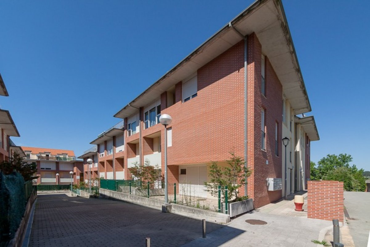 Piso en venta en Renedo De Pielagos  de 1 Habitación, 1 Baño y 50 m2 por 63.000 €.