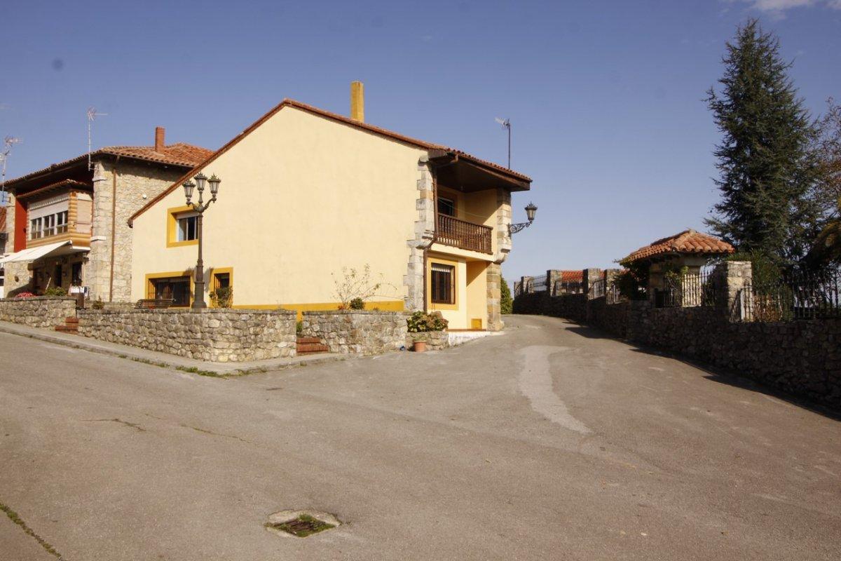 Casa en Valdaliga - Cantabria