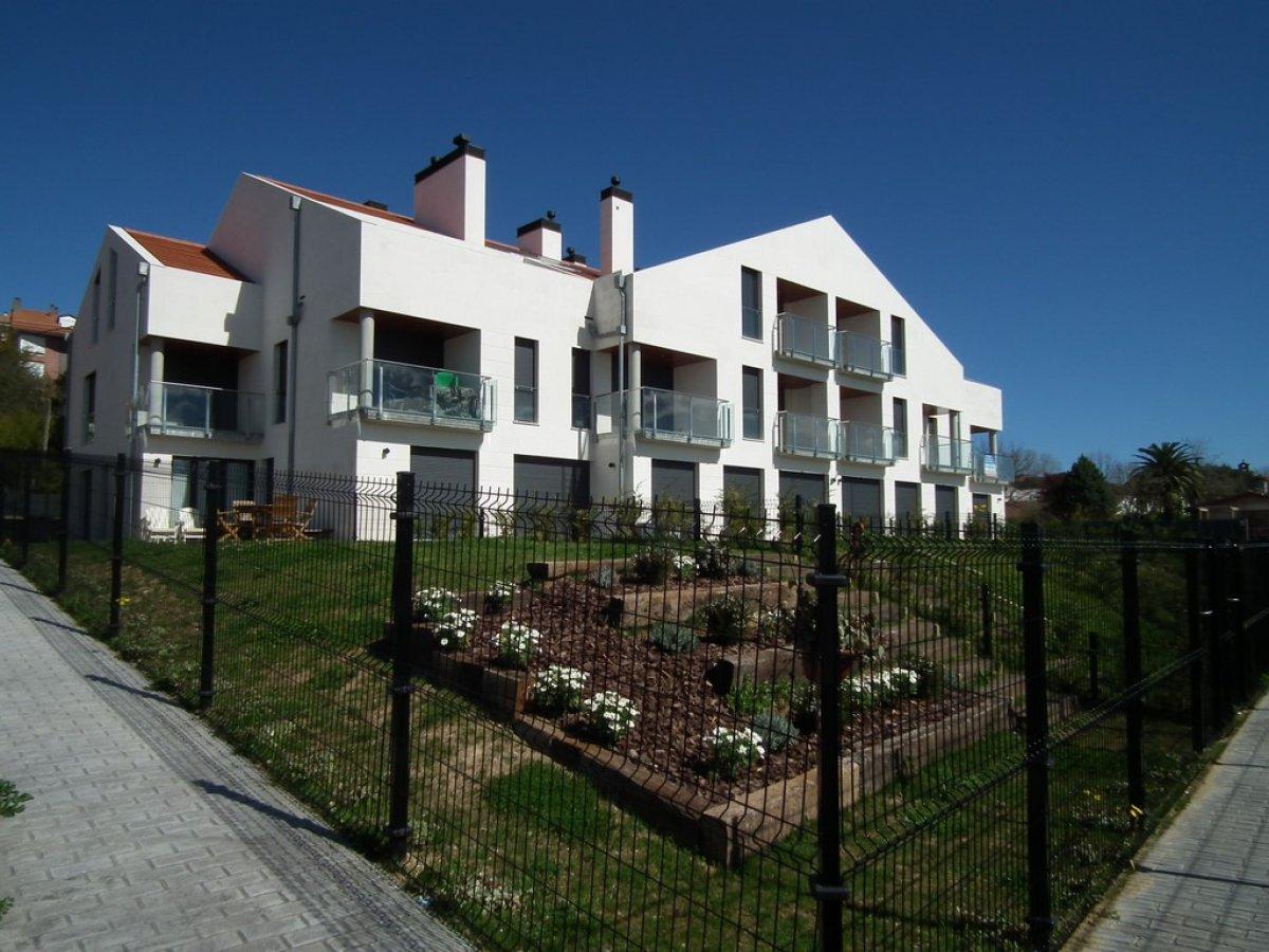 Piso en venta en San Vicente De La Barquera  de 3 Habitaciones, 2 Baños y 127 m2 por 275.000 €.