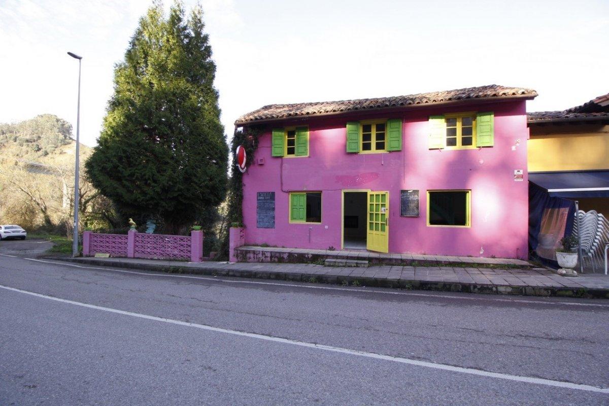 Casa en venta en Val de San Vicente  de 3 Habitaciones, 3 Baños y 190 m2 por 89.000 €.