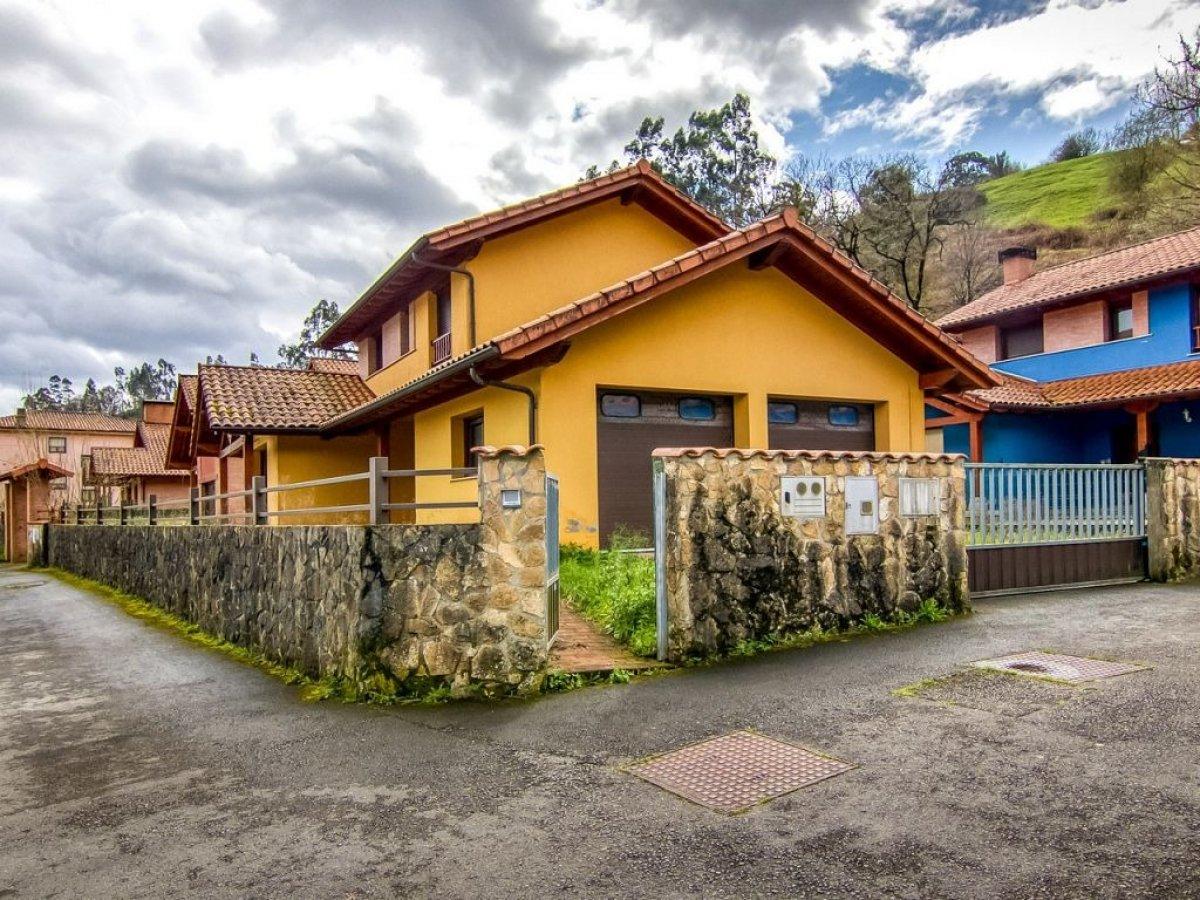 Chalet en Ampuero - Cantabria
