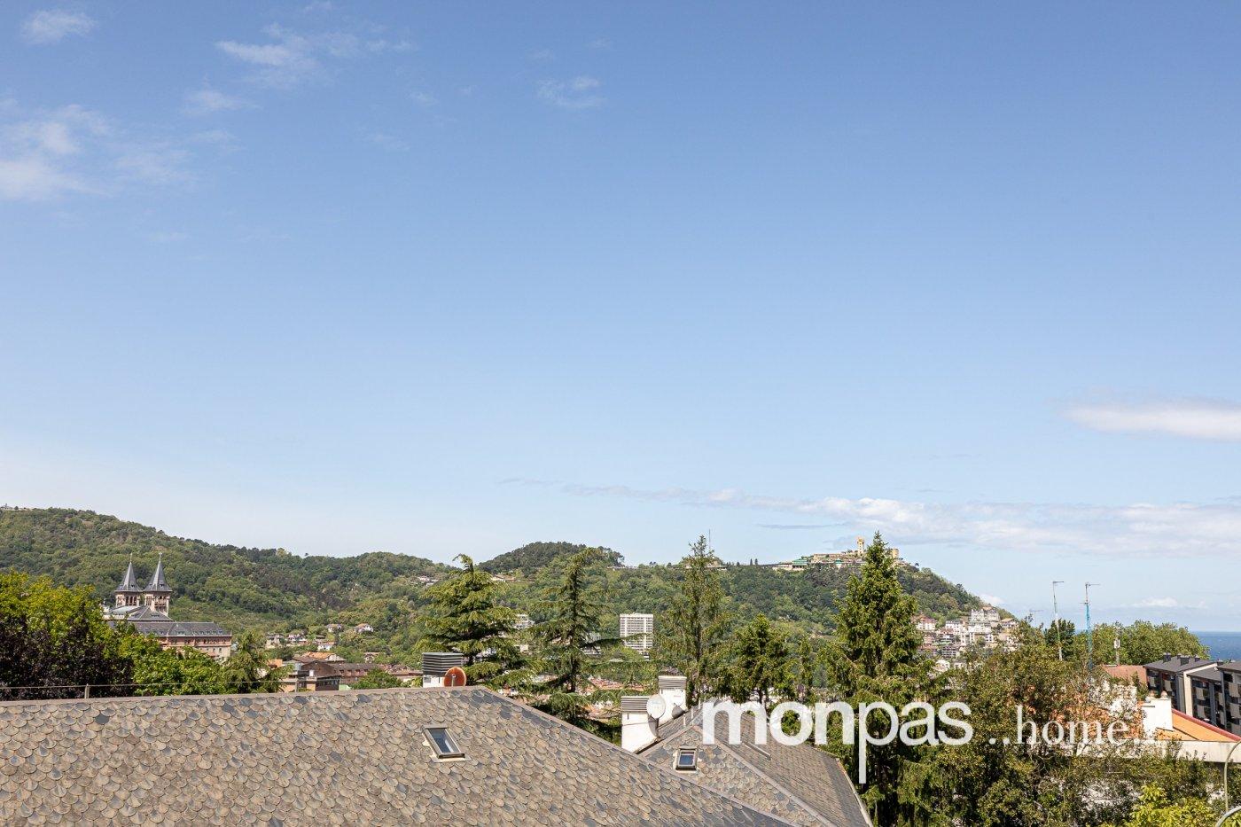 Piso · Donostia - San Sebastian · Aiete 370.000€€