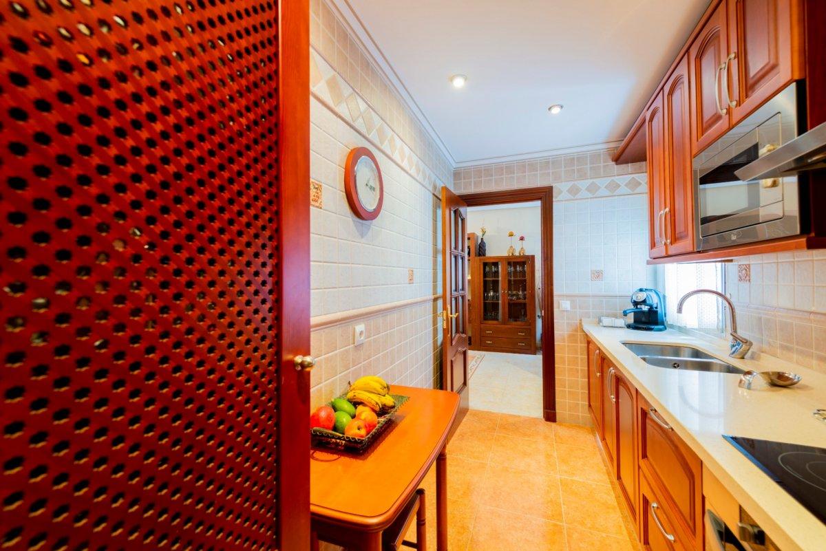 piso en antequera · cruz-blanca---av-estacion 79000€