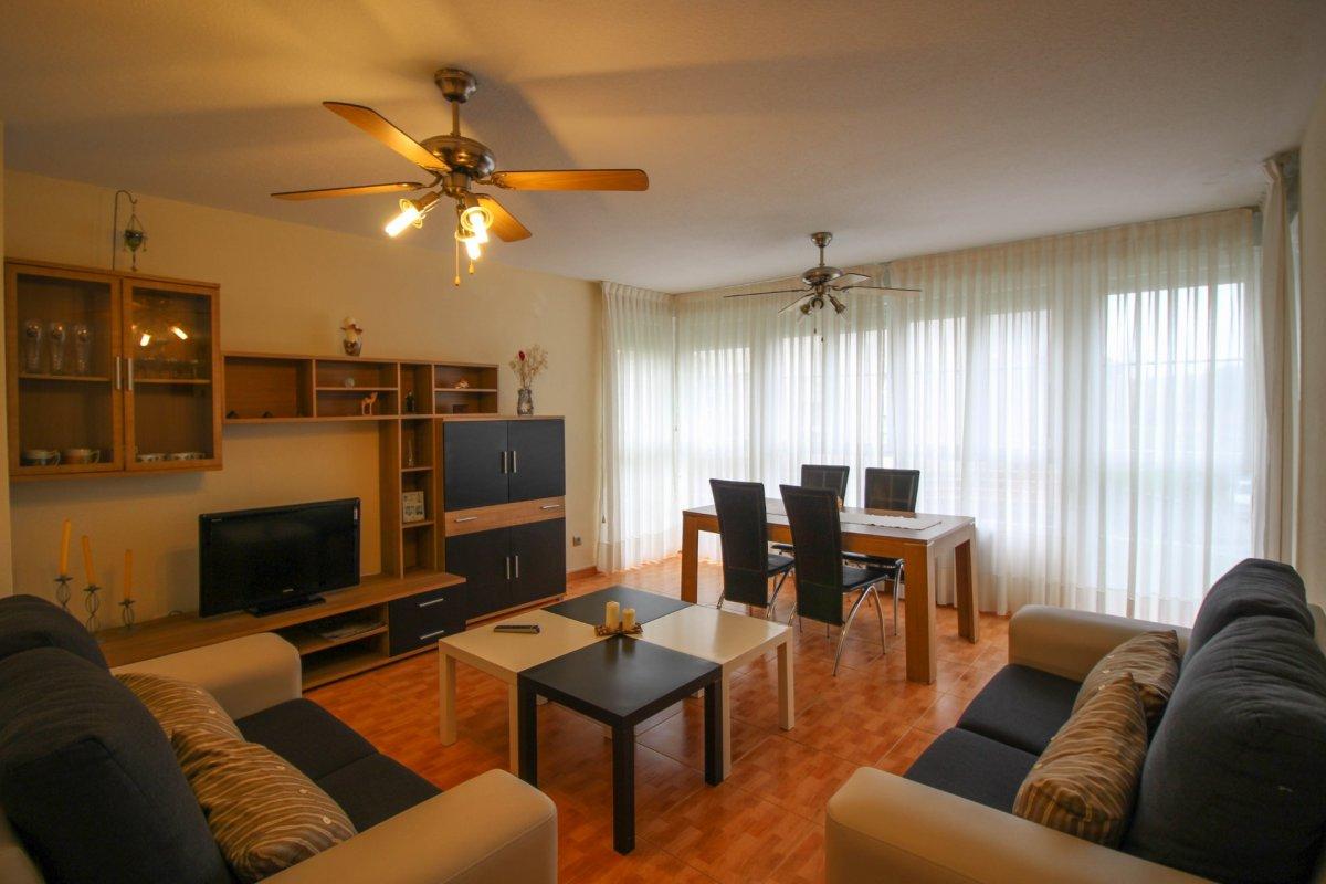 Piso en venta en Cuchia  de 3 Habitaciones, 2 Baños y 102 m2 por 120.000 €.