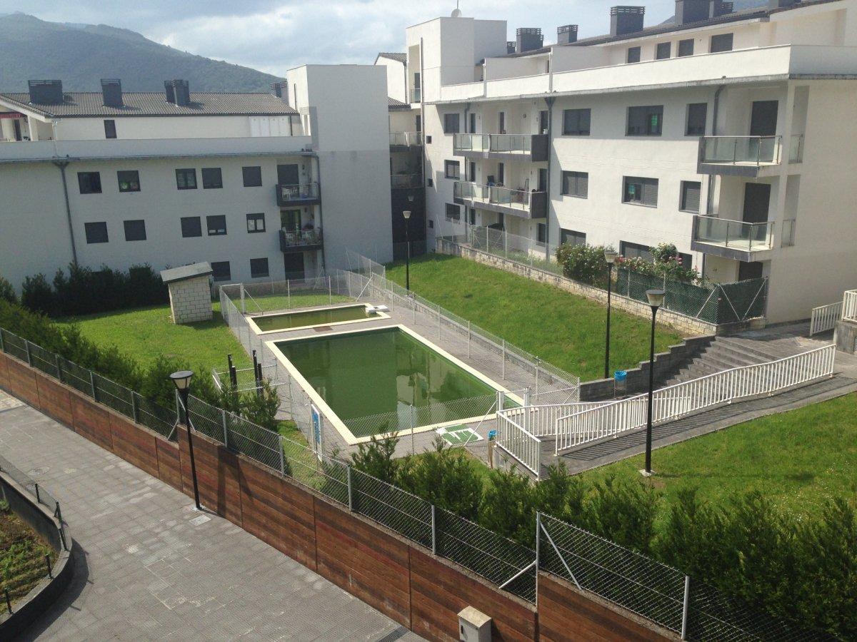 Planta baja en venta en Ramales de la Victoria  de 1 Habitación, 1 Baño y 58 m2 por 52.000 €.