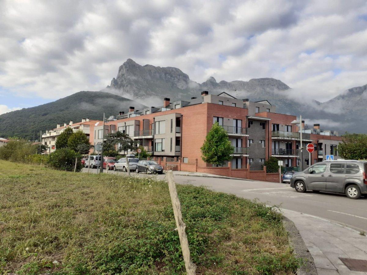 Planta baja en venta en Ramales de la Victoria  de 3 Habitaciones, 2 Baños y 91 m2 por 120.000 €.