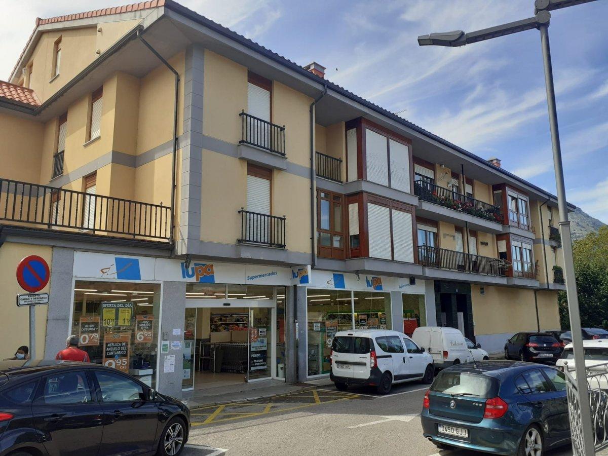 Piso en venta en Ramales de la Victoria  de 3 Habitaciones, 2 Baños y 99 m2 por 98.000 €.
