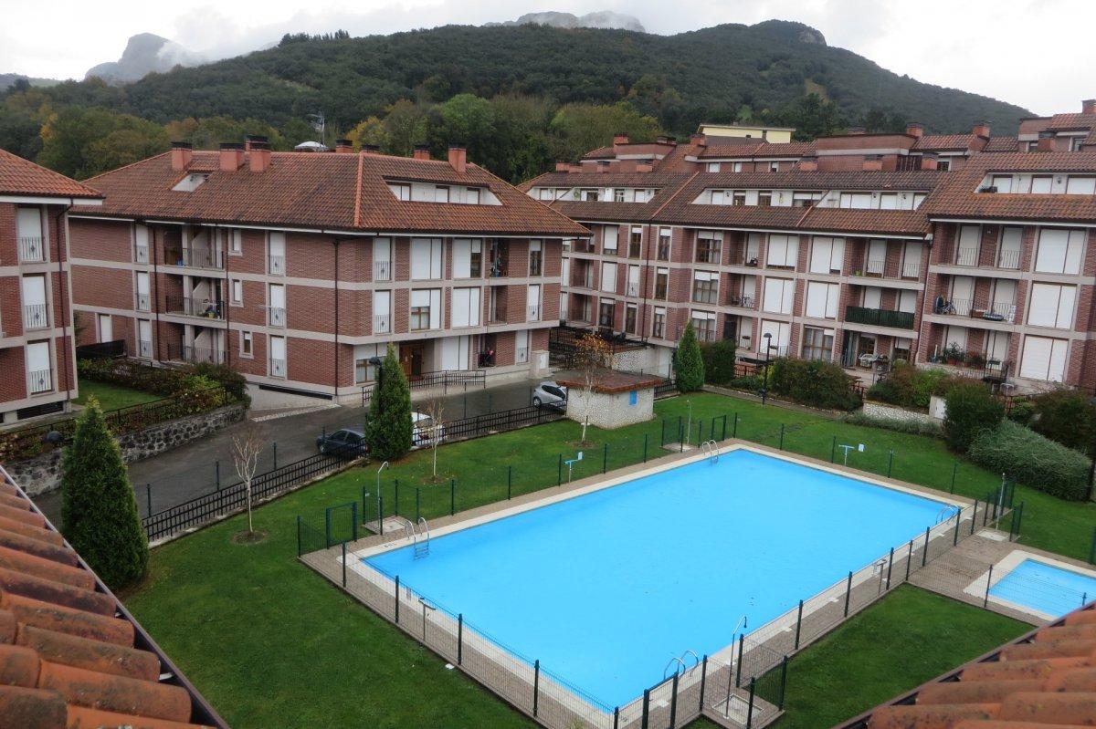 Planta baja en venta en Ramales de la Victoria  de 1 Habitación, 1 Baño y 44 m2 por 67.900 €.