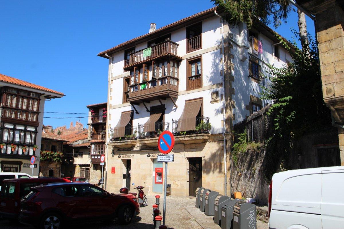 Piso en venta en Comillas  de 2 Habitaciones, 2 Baños y 111 m2 por 190.000 €.