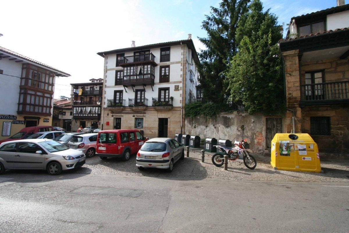 Piso en venta en Comillas  de 4 Habitaciones, 2 Baños y 132 m2 por 225.000 €.