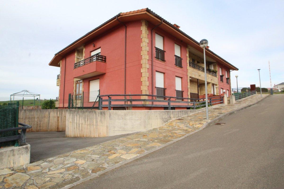 Apartamento en venta en Alfoz de Lloredo  de 2 Habitaciones, 1 Baño y 74 m2 por 130.000 €.