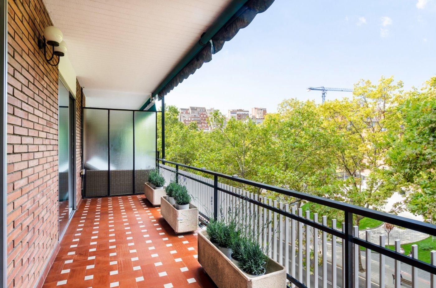 Gran piso con trastero , 2  parkings y conserje en vallcarca , grÀcia - barcelona - imagenInmueble0